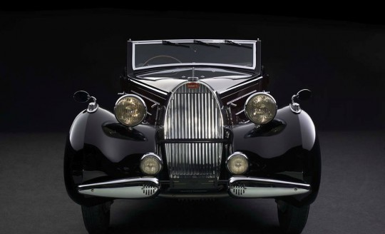 photo de l'avant de la Bugatti Type 57 Cabriolet